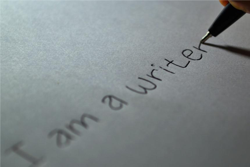 ¿Cómo puede ayudar a tu negocio la redacción y curación de contenidos?